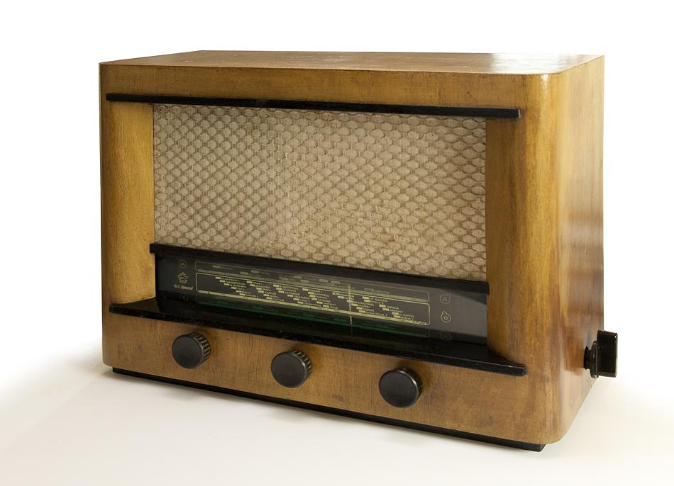 Радио Марек от дясно